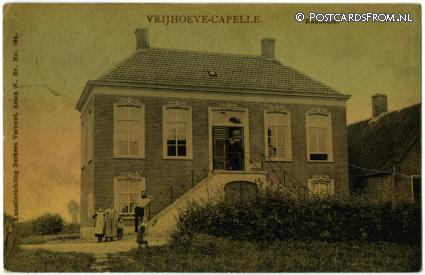 ansichtkaart: Sprang-Capelle, Vrijhoeve-Capelle. Raadhuis
